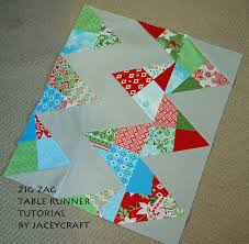 zig zag table runner jaceycraft hcb zig zag table runner tutorial