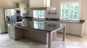 cuisine marbre noir table de cuisine en marbre cuisine plan de travail en marbre table