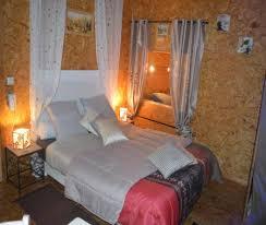 chambres d hotes originales chambre d hôte atypique originale bain à voussac
