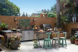 amenager une cuisine exterieure amenager une cuisine simple amenagement cuisine d ete idées
