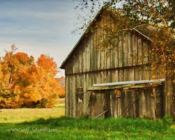 Vermont Travel Blogs images Vermont barn in fall foliage new england travel blog jpg