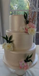 fondant wedding cakes fondant wedding cakes york pa exquisite wedding cakes delivers
