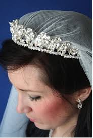 kate middleton wedding tiara kate middleton s applique lace silk wedding veil richard designs