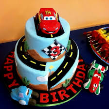 2 yr old boy cakes decorating of party
