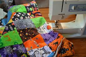 vintage halloween fabrics scraps and threadtales one week until halloween