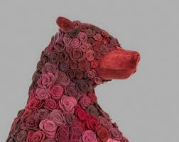 Fake Roses A Bear Sculpture Made Of Fake Roses U2013 Fubiz Media