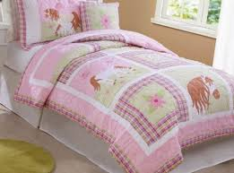 Girls Horse Themed Bedding by 17 Best Dream Rooms Images On Pinterest Pretty Horses Girls