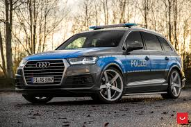 slammed cars slammed audi q7 police car rides on vossen cv3r rims autoevolution