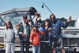 crabbing on the oregon coast oregon around the world