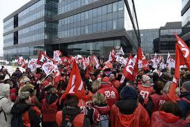 siege social carrefour grève chez carrefour des magasins fermés en vue pour le week end