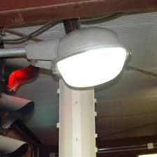 westinghouse ov 10 clam shell light
