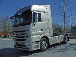 mercedes actros file mercedes actros 1848 bluetec 5 5 jpg wikimedia commons