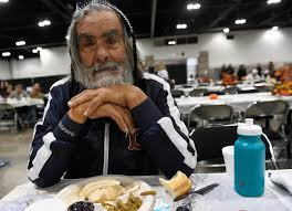 thanksgiving feast 3 5 tons of free turkey served at colorado