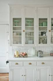 Paint Colors For Cabinets Painting Kitchen Cabinets Selecting A Paint Color 11 Magnolia Lane