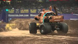 monster truck racing youtube scooby doo monster jam truck 2016 youtube