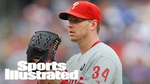roy halladay among the sports former cy winner roy halladay dies in plane crash si wire