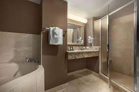 Comfort Suites Alpharetta Ga Book Embassy Suites By Hilton Atlanta Alpharetta Atlanta Hotel Deals