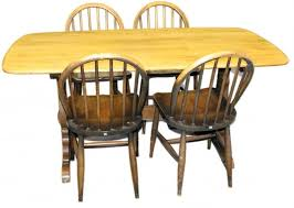 Ercol Dining Room Furniture Ercol Dining Table With Four Chairs Carmichael U0027s Antiques