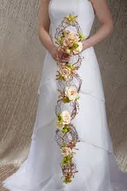 Cascading Bouquet Download How To Make A Cascading Wedding Bouquet Wedding Corners