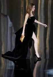 Angelina Leg Meme - the 10 best pictures of angelina jolie s right leg