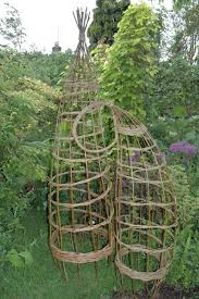 thyme to garden now building tomato trellis structures in bed 6 we