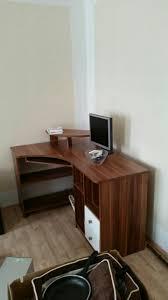 Schreibtisch Nussbaum Gebraucht Schrankwand Und Schreibtisch Nussbaum Weiß In 14715