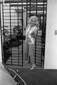 marilyn monroe at home marilyn monroe pinterest norma jean