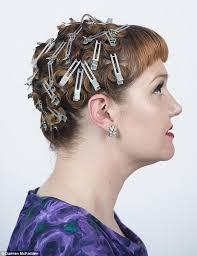 1940s hair accessories how to do 1940s hair at home in hairdresser s step by step guide