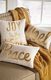 Yellow And White Christmas Decorations by Best 25 Gold Christmas Ideas On Pinterest Winter Craft 3 A Big