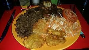 pese cuisine banane pesé pikliz riz djondjon et griots de porc miam