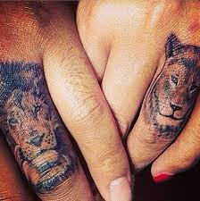 wedding ring finger ideas his hers tattoos couples