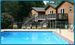 pet friendly resorts on table rock lake vacation cabins branson mo missouri treehouse cabin vacation rentals