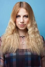 Frisuren Lange Haare Mittelscheitel by 80er Frisuren Lange Haare Crimpen Blond Mittelscheitel