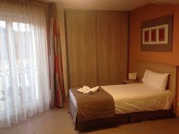 exemple chambre exemple de chambre single spacieux et propre vu la taille de la