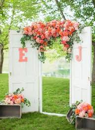 wedding backdrop ideas with columns 35 rustic door wedding decor ideas for outdoor country