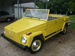 volkswagen thing yellow ginormous spider hitching a ride motorcycles