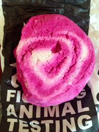 The Comforter Bubble Bar My Review Of Lush Fresh Handmade Cosmetics Yes I U0027m In Love