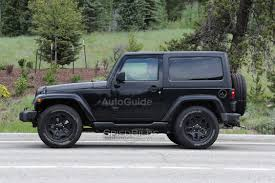 wrangler jeep spy photos confirm stick shift in 2018 jeep wrangler autoguide