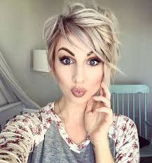getting hair curled and color best 25 curled pixie ideas on pinterest curling pixie hair