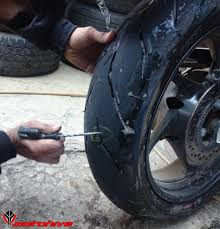 puncture repair of tubeless tyre motohive