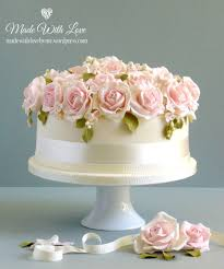 wedding cake roses bed of roses wedding cake made with by me