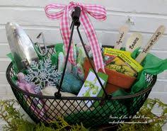 Gardener Gift Ideas Gardening Gift Set Gift Gardens And Housewarming Gifts