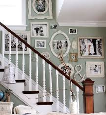 Decorating Stair Walls Best 25 Stairway Wall Decorating Ideas