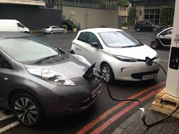 renault leasing europe nissan leaf and renault zoe lead ev sales in europe through first
