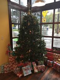 christmas gift drive for children in oregon foster care home