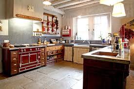 cuisine couleur fin déco cuisine couleur 18 nantes 28242235 idee surprenant