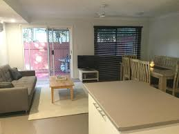 holiday home club d airlie beach australia booking com