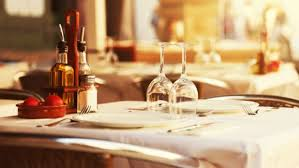 Dining Table With Food The Dining Guide Basic Restaurant Etiquette One Should