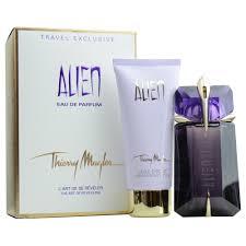 halloween parfum alien set eau de parfum spray 2 oz u0026 radiant body lotion 3 4 oz