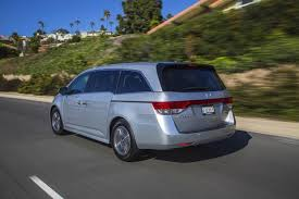 odyssey car reviews and news at carreview 2015 honda odyssey new car review autotrader